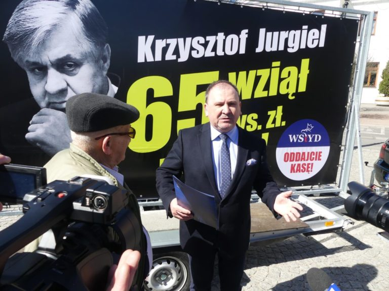 """Nie pomogli rolnikom, ale nagrody pobrali"""