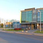 Zmarł pacjent z koronawirusem, 29 chorych w szpitalu