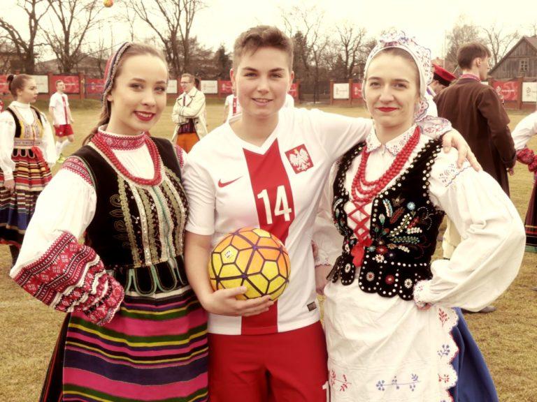 Teledysk dla polskiej reprezentacji powstał na bialskim stadionie