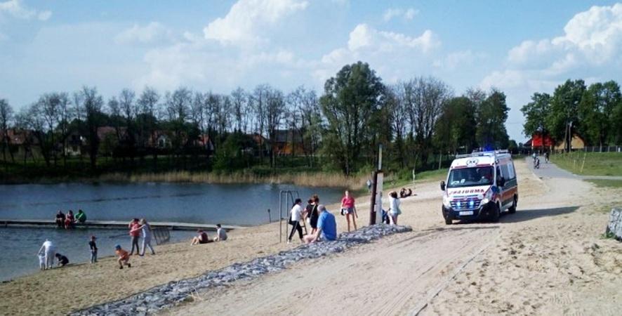 Międzyrzec Podlaski: Strażak uratował nastolatka przed utonięciem