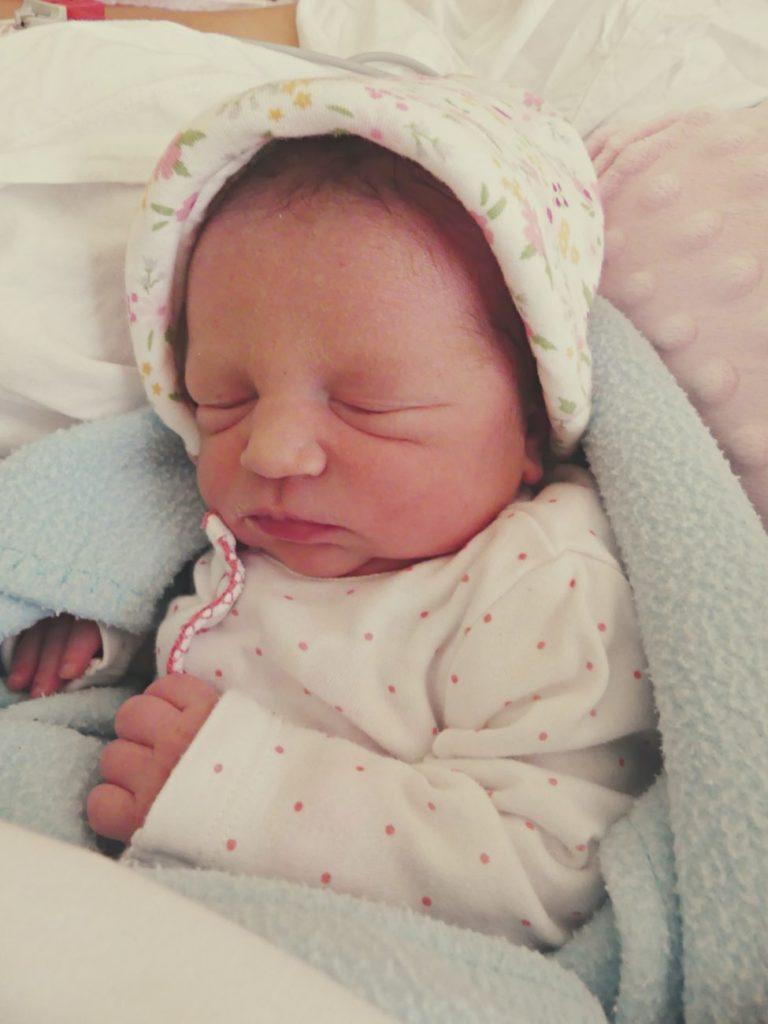 Klara urodziła się 9 maja z wagą 2530 g i miarą 50 cm. Dla Magdaleny i Kamila z Łobaczewa Małego (gm. Terespol) jest to drugie dziecko. W domu czeka 3-letni Miłosz.