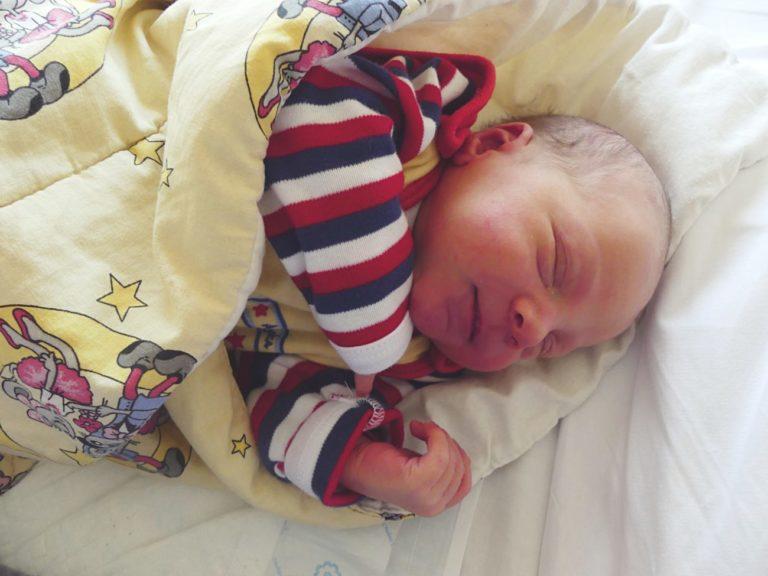 Monika i Tomasz Mazurowie z miejscowości Kownaty koło Huszlewa 8 maja zostali rodzicami Fabiana. Chłopiec ważył 3560 g i mierzył 56 cm.