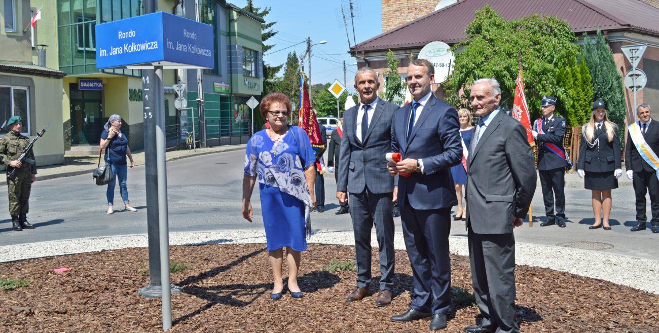 Międzyrzec Podlaski: Rondo i tablica pamięci Kołkowicza