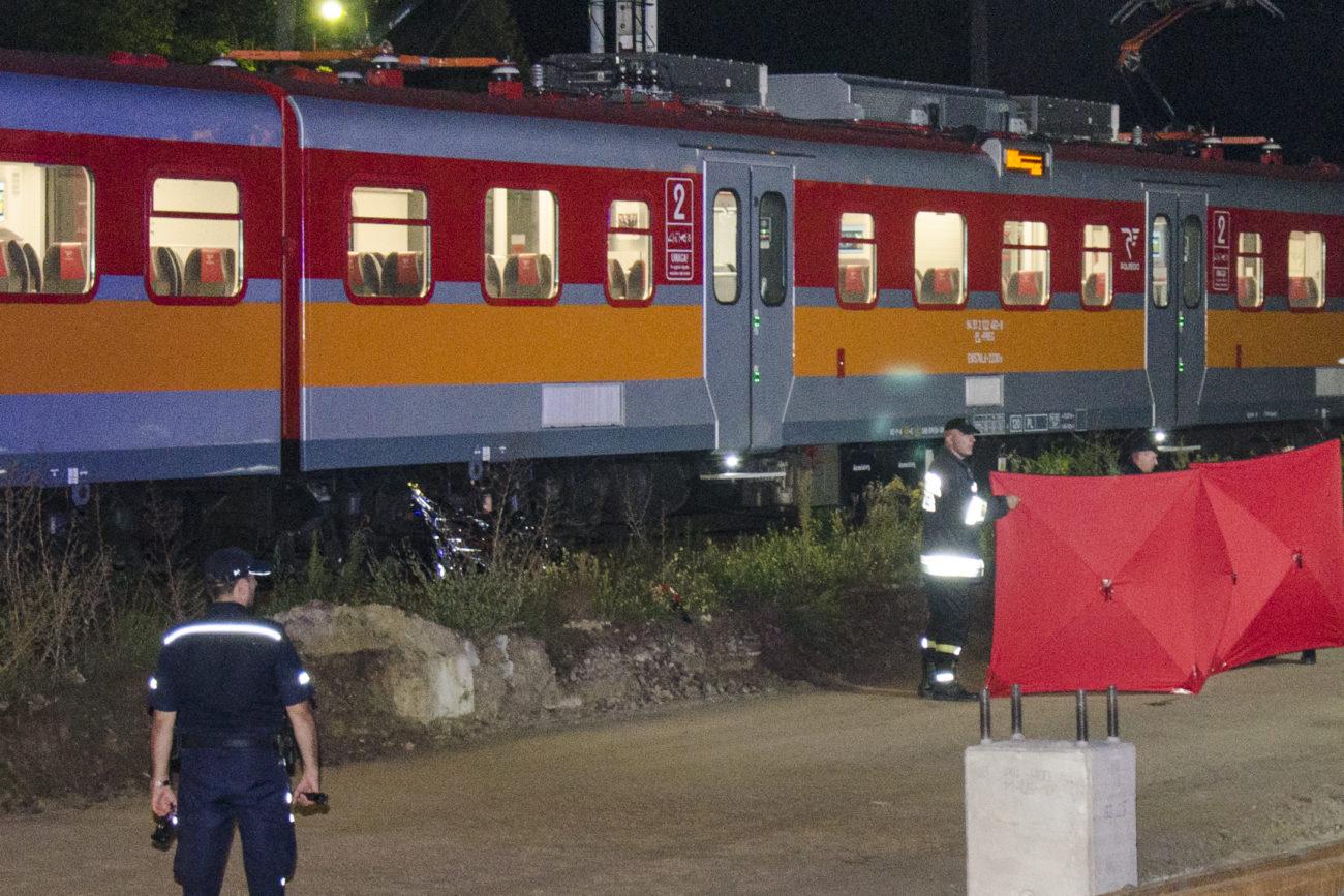 Tragedia na torach! 18-latek wpadł pod pociąg