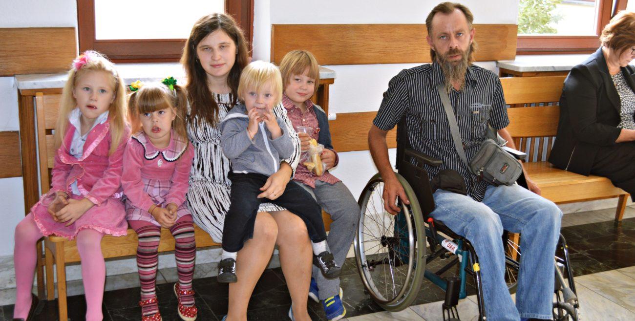 Rodzinie z Wisek nie odbiorą dzieci. Jest postanowienie sądu