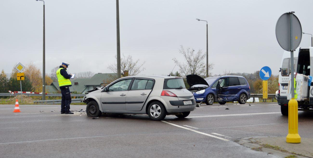 Groźne zderzenie na skrzyżowaniu