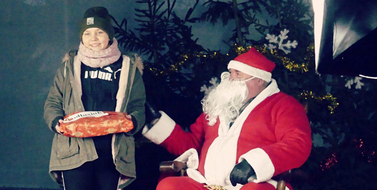 Biała Podlaska: Święty Mikołaj gościł w centrum miasta [WIDEO]