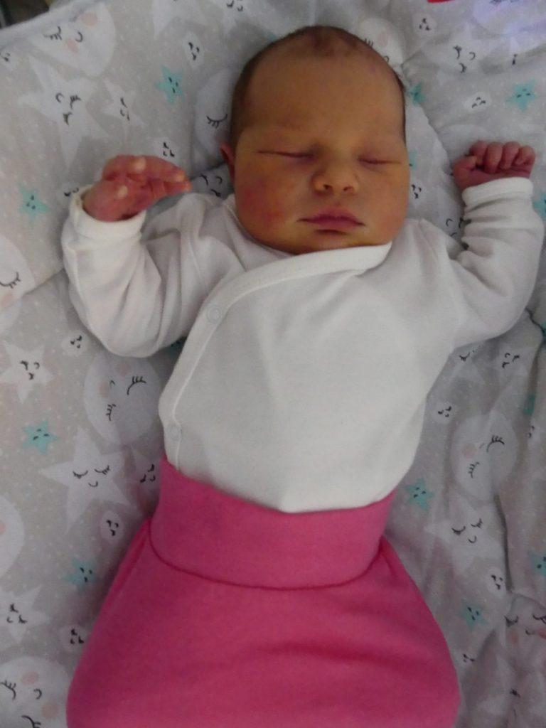 Zuzia przyszła na świat 15 stycznia, ważąc 3860 g i mierząc 58 cm. Dla rodziców Ewy i Daniela Zozula ze Sławacinka Nowego jest to pierwsze dziecko.
