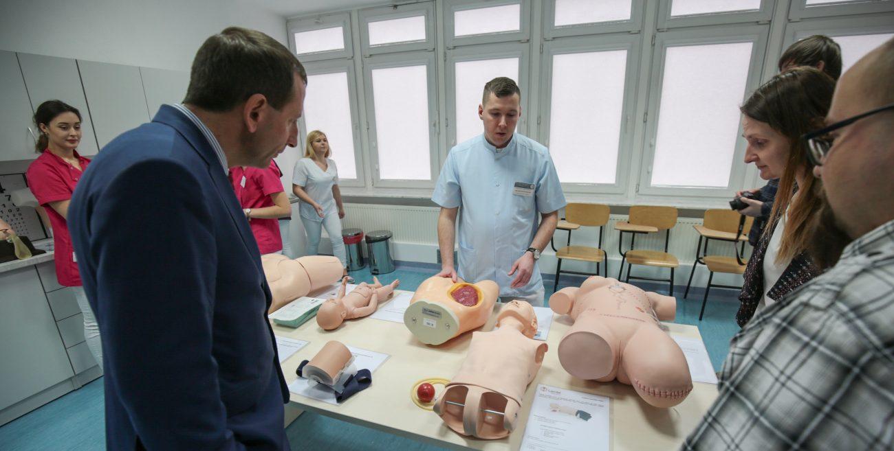 Studenci pielęgniarstwa mają nowe pracownie. Warunki jak w szpitalu