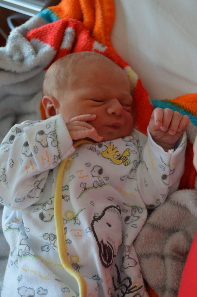 Nikodem urodził się 29 maja z wagą 3580 g i miarą 56 cm. Dla Mileny i Łukasza Liszewskich z Komarna jest to pierwsze dziecko.