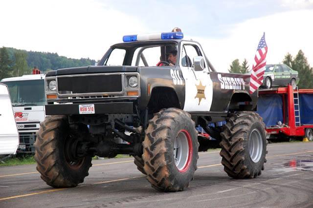 Pokazy kaskaderskie Monster Truck Show w Międzyrzecu