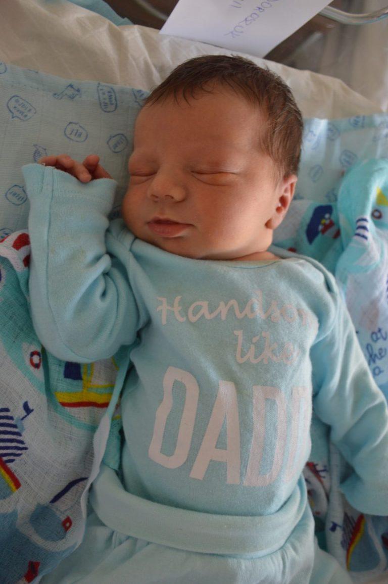 Synek Anety i Michała Doroszuków z Terebeli urodził się 11 czerwca z wagą 3980 g i miarą 58 cm. W domu czeka brat Dominik, który ma 3,5 roku.