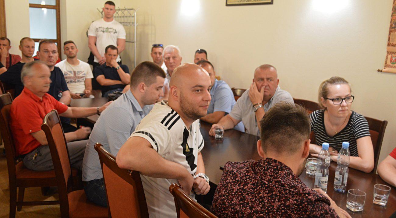 Biała Podlaska: Kolejne spotkanie w sprawie stadionu. Powiało optymizmem