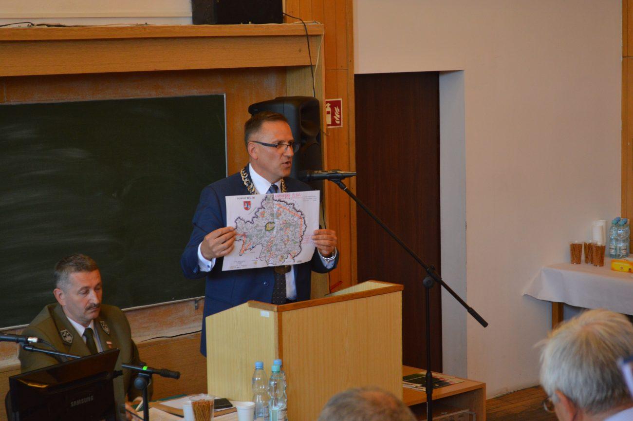 Kiczyński: Ustawa o połączeniach autobusowych to PRL-bis