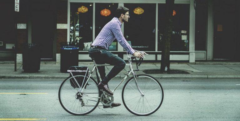Powstaną miejskie punkty naprawy rowerów