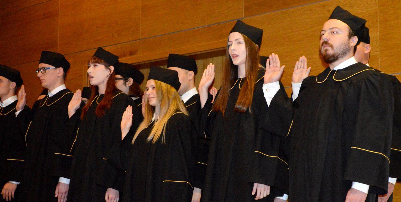Ponad 900 nowych studentów w PSW