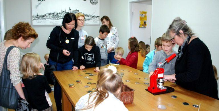 Dzieci poznawały wybitnych malarzy