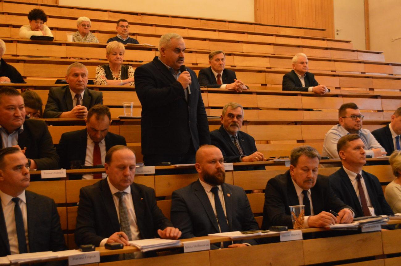 Rada Powiatu apeluje o pozostawienie Haidara na stanowisku ordynatora