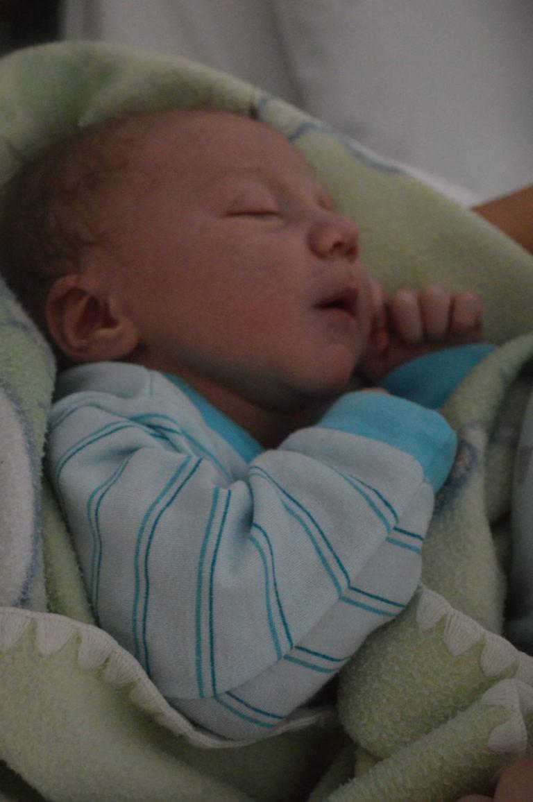 Nikodem urodził się 2 stycznia z wagą 3850 g i miarą 57 cm. Rodzice - Renata i Jan z Białej Podlaskiej - mają już piątkę starszych dzieci.