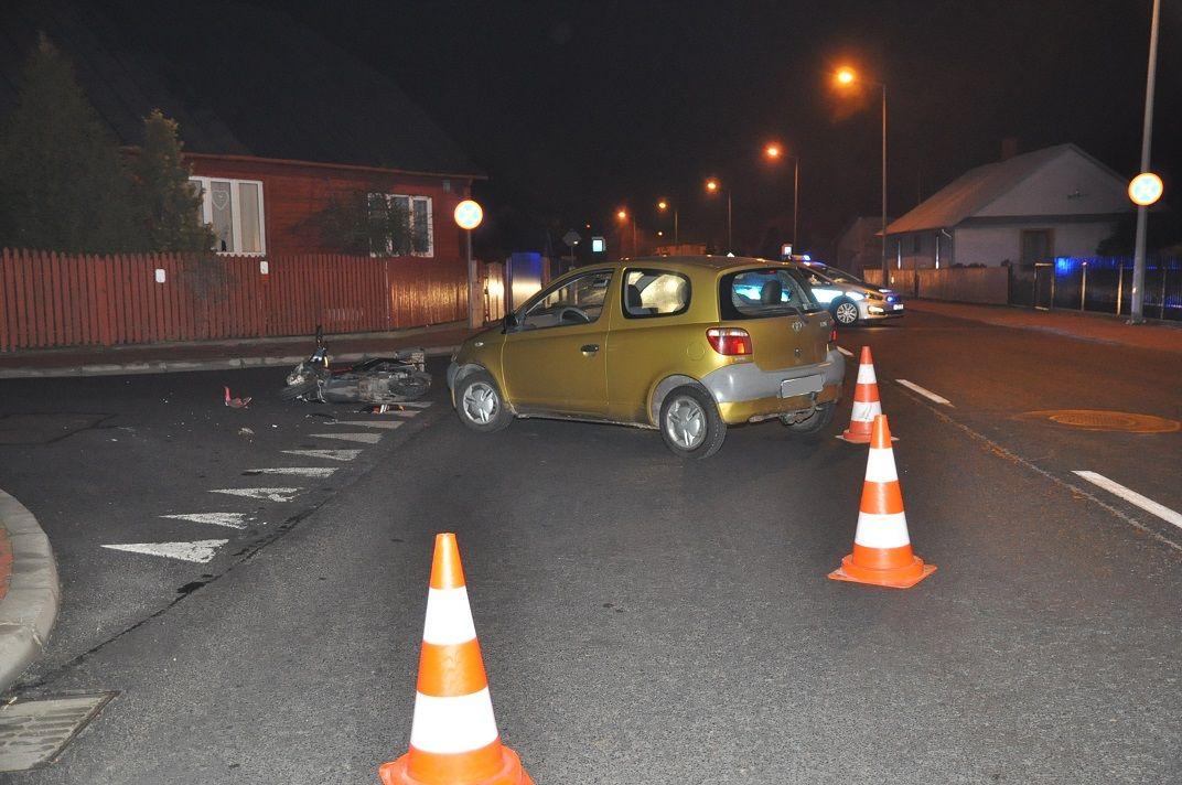 Kierowca toyoty zajechał drogę motorowerzyście