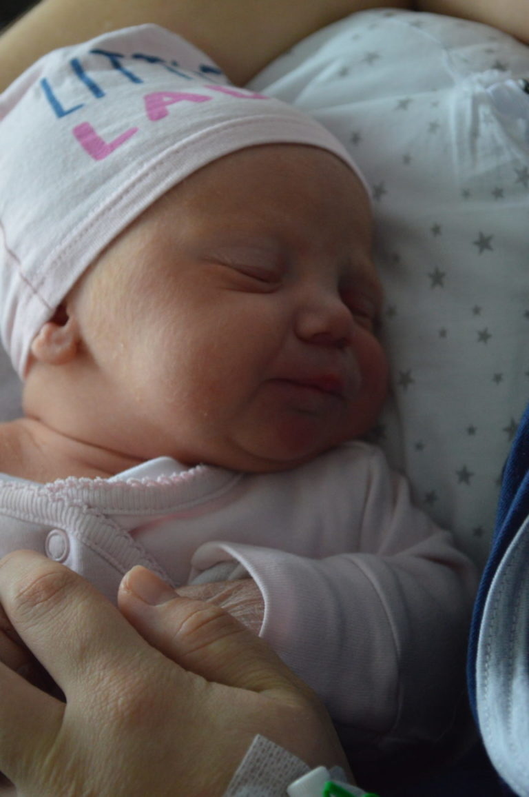 Izabela urodziła się 30 stycznia z wagą 3350 g i miarą 54 cm. Rodzice - Ewelina i Daniel Kilian z Białej Podlaskiej - mają już starszą córkę.