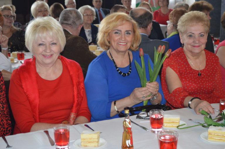 Dzień kobiet u bialskich seniorów