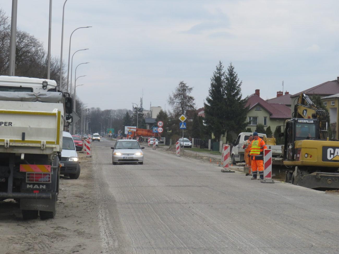 Utrudnienia na Warszawskiej potrwają do końca maja