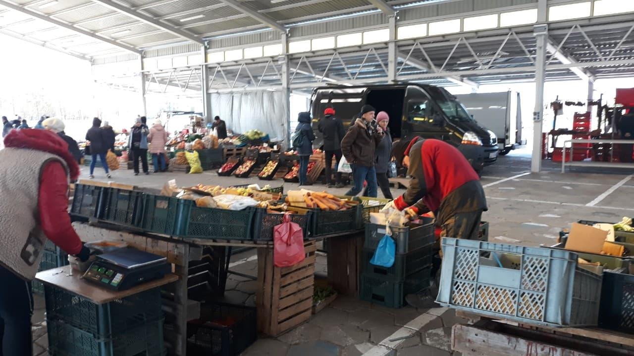 Od jutra produkty spożywcze wrócą na bazar