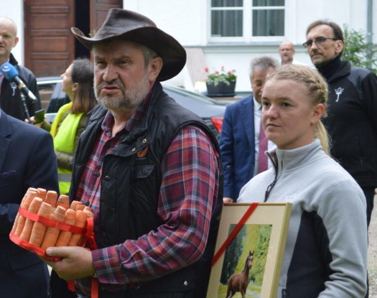 Ardanowski: W janowskiej stadninie nic złego się nie dzieje...