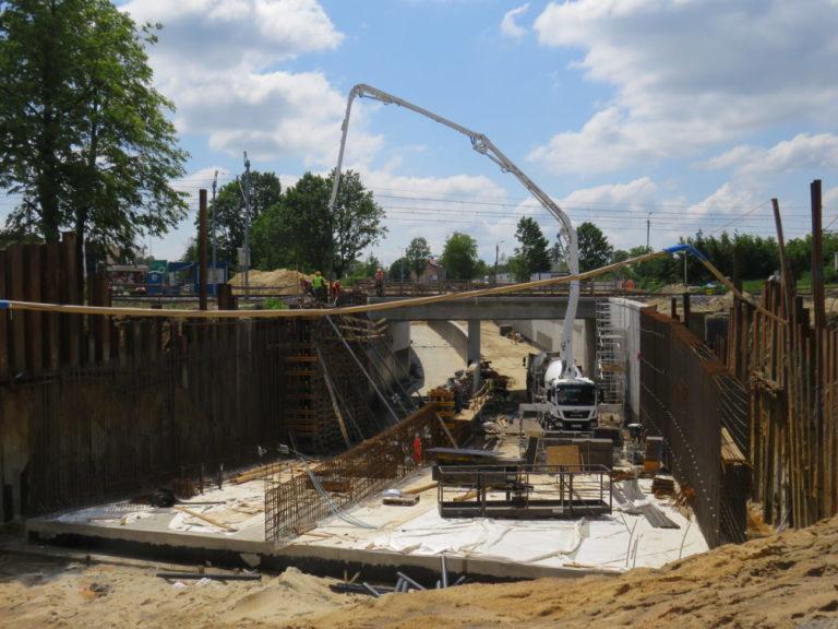 Budowa tunelu w Białej Podlaskiej (FOTO)