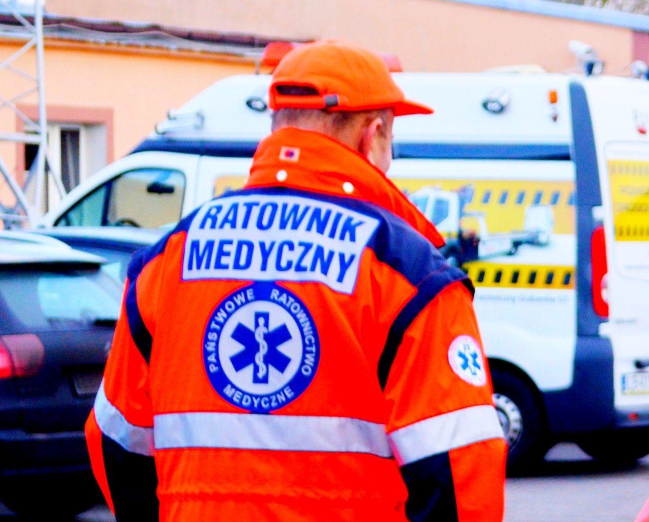 Pacjent zaatakował ratowników