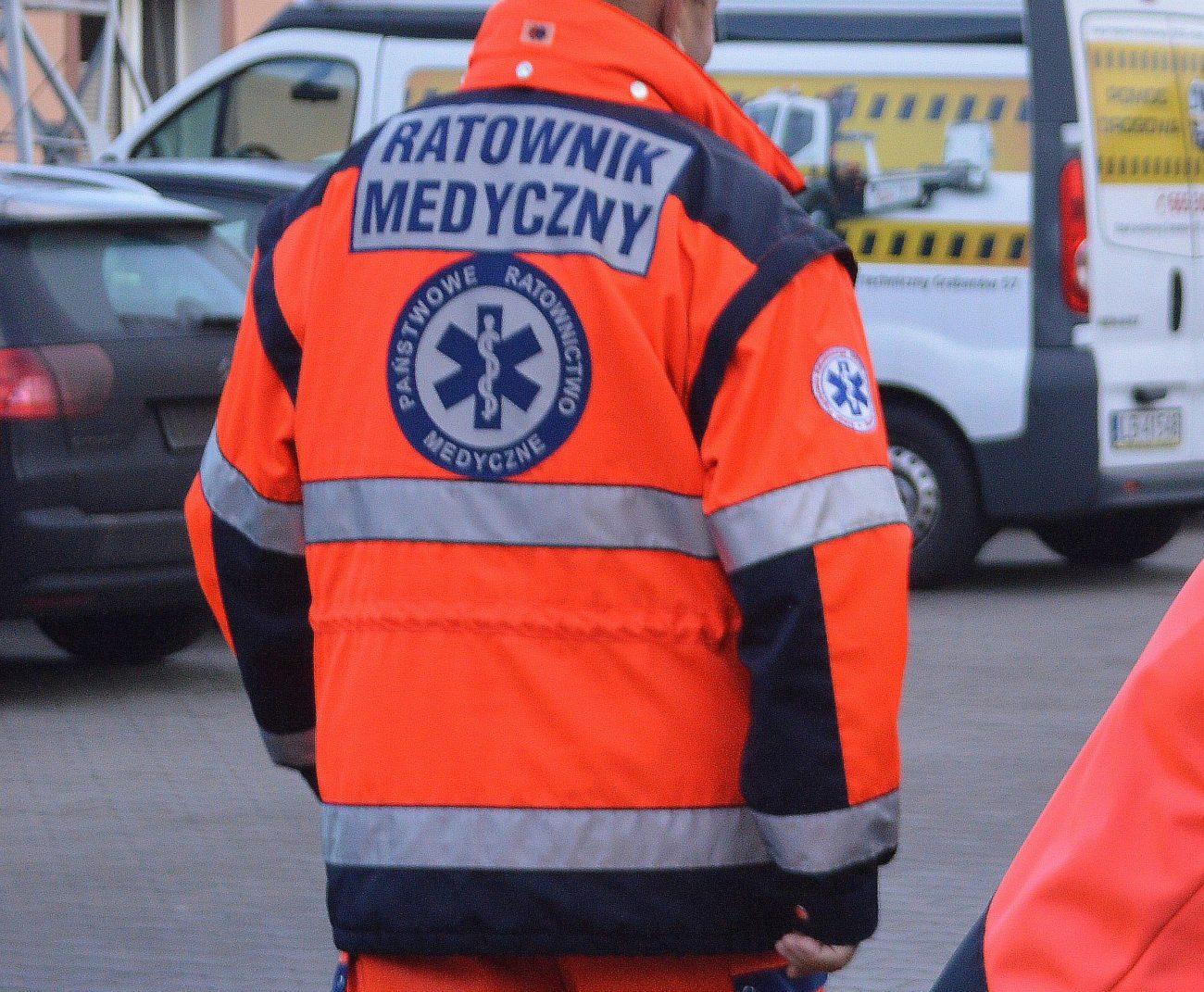 Agresywny pacjent zaatakował ratowników medycznych