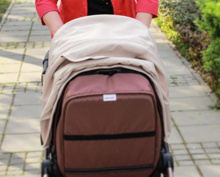 Była tak pijana, że przewróciła się z dwuletnim synkiem w wózku