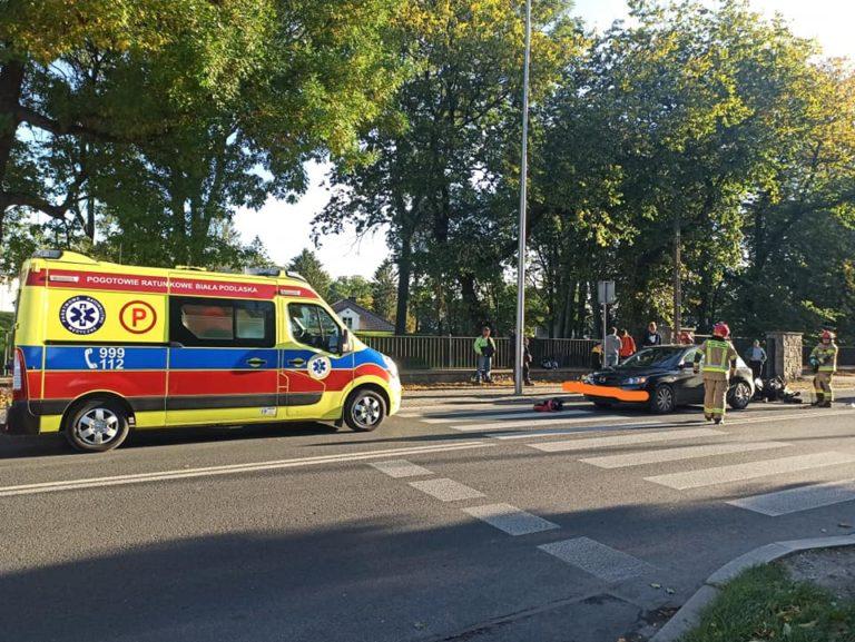 Zderzenie motocykla z samochodem. 15-latka trafiła do szpitala