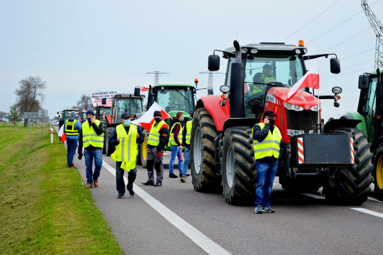 Rolnicy zablokowali krajową dwójkę