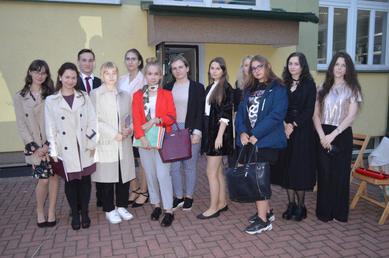 Poezja absolwentów w tomiku i audiobooku