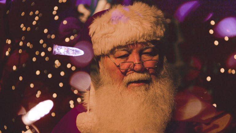 Kim dla Polaków jest Święty Mikołaj? Wyniki badania