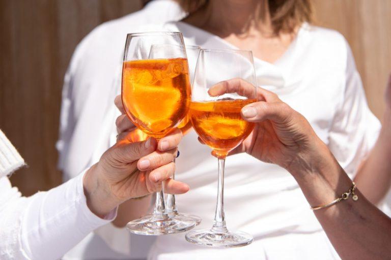 Pili razem alkohol, potem go okradła