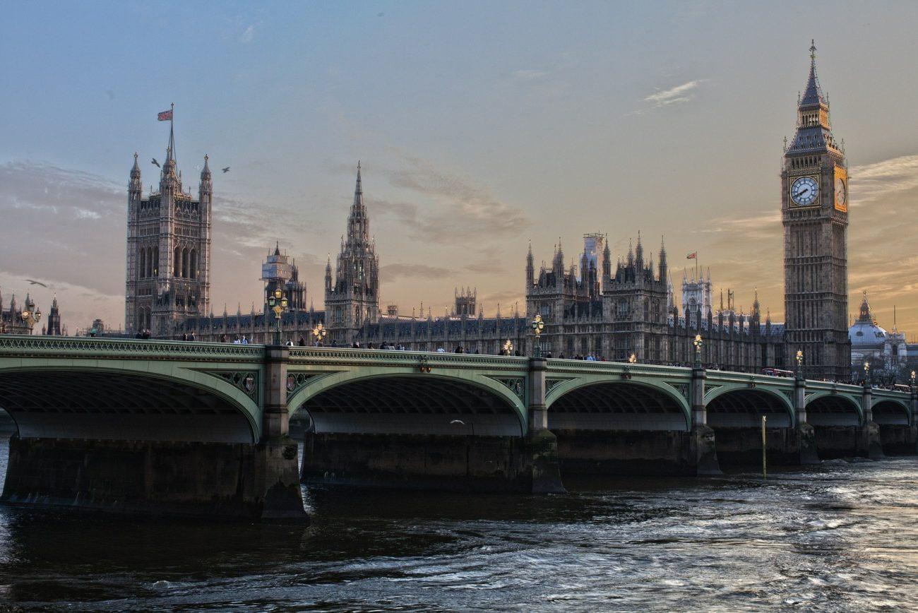 Jakie zmiany w podróżach do Wielkiej Brytanii?