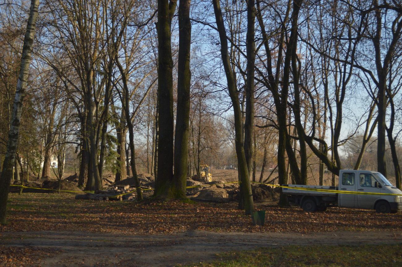 Nowe fortyfikacje w parku Radziwiłłowskim