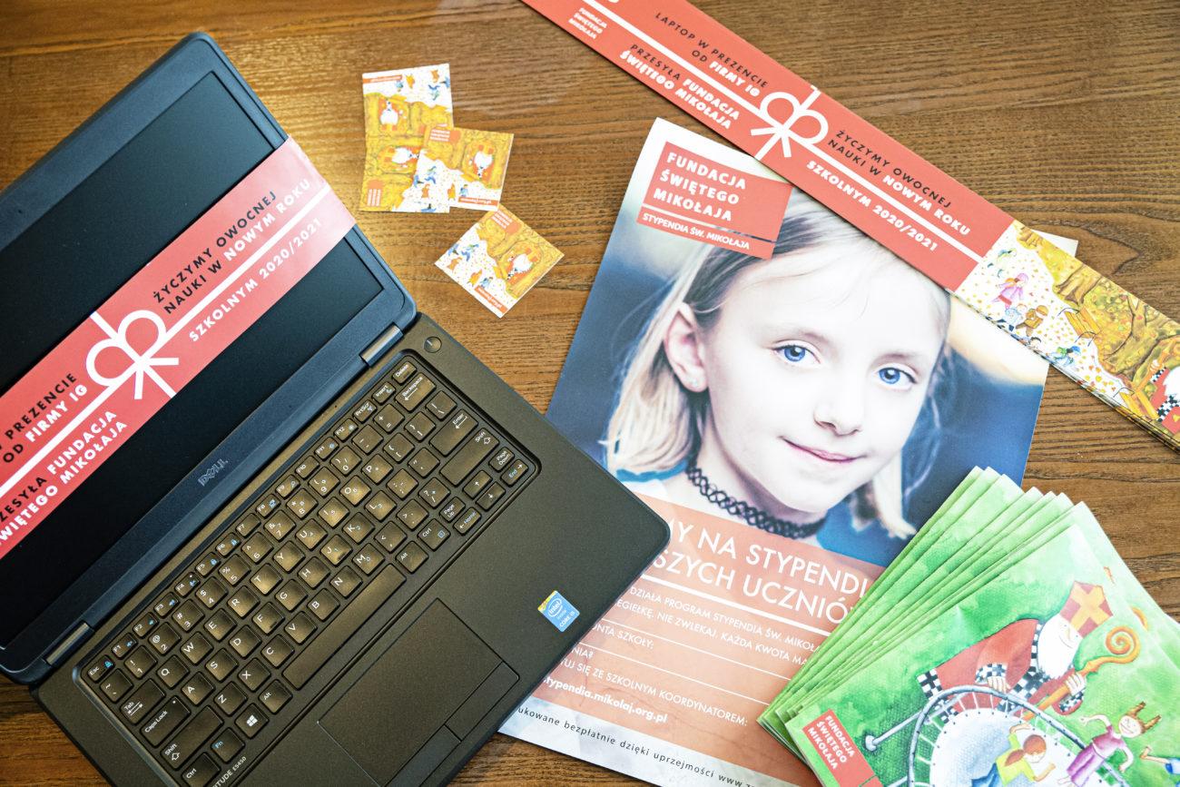 Brak komputera uniemożliwia dzieciom z niezamożnych rodzin zdalną naukę