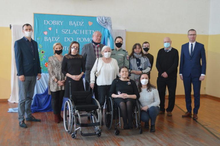 Chotyłów: Przekazanie wózka Malwinie Kielak