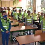 Kamizelki odblaskowe dla uczniów szkół z gminy Łomazy