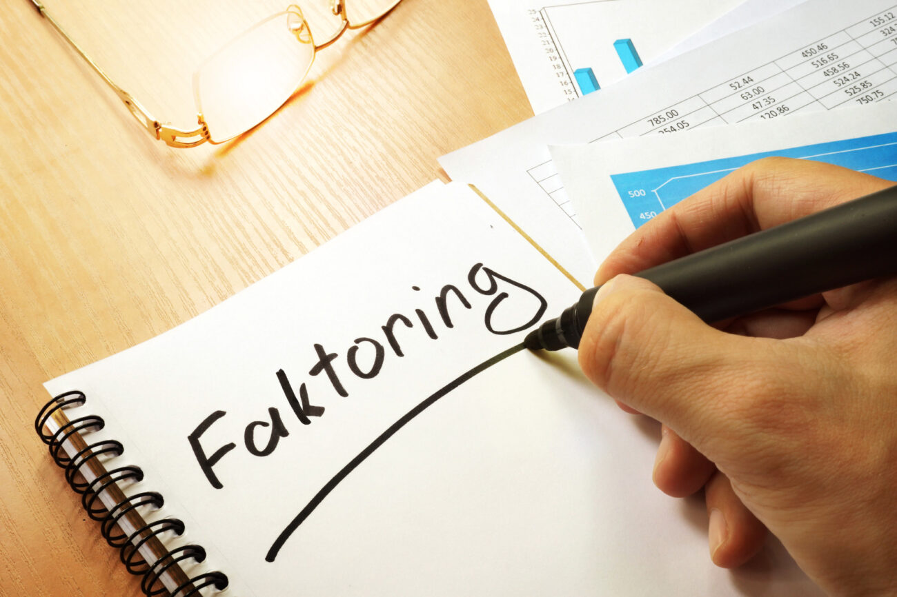 Za czy przeciw – o zaletach i wadach faktoringu