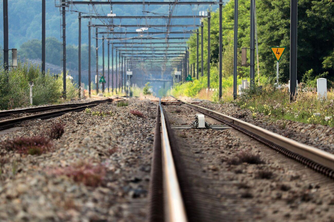 Śmierć na torach. Kobieta zginęła pod kołami pociągu