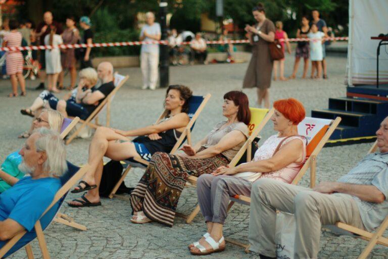 Koncert Open Trio na Placu Wolności
