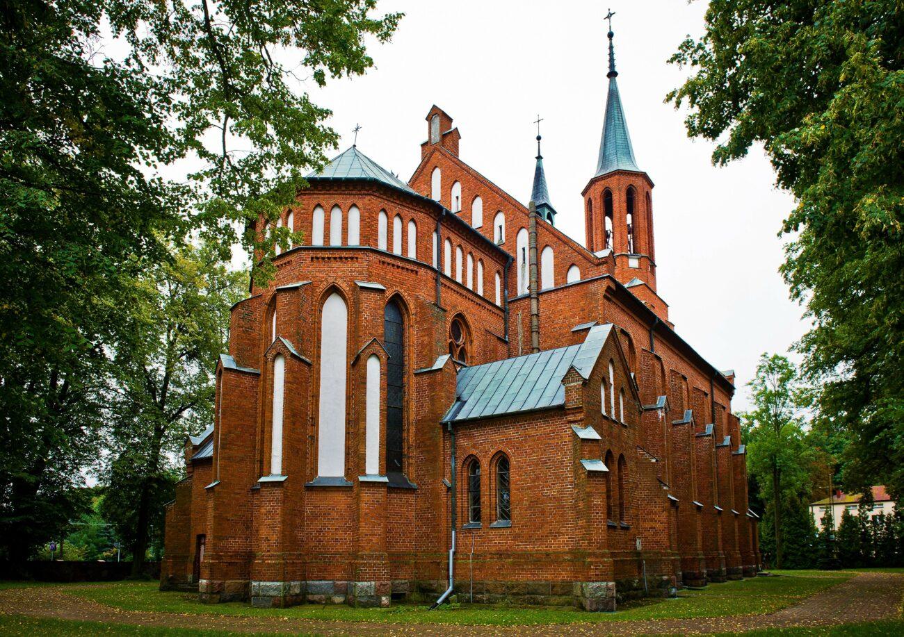 Parafialne przepychanki o cennik na cmentarzu